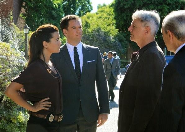 NCIS: Cote de Pablo, Michael Weatherly, Mark Harmon e Joe Spano nell'episodio Extreme Prejudice