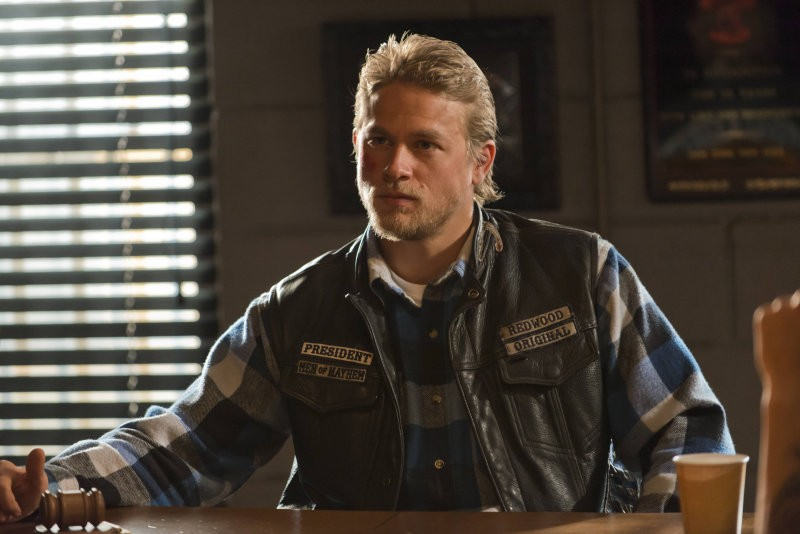 Sons of Anarchy: Charlie Hunnam nell'episodio Sovereign