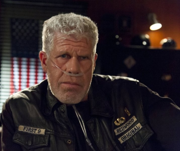 Sons of Anarchy: Ron Perlman nell'episodio Sovereign