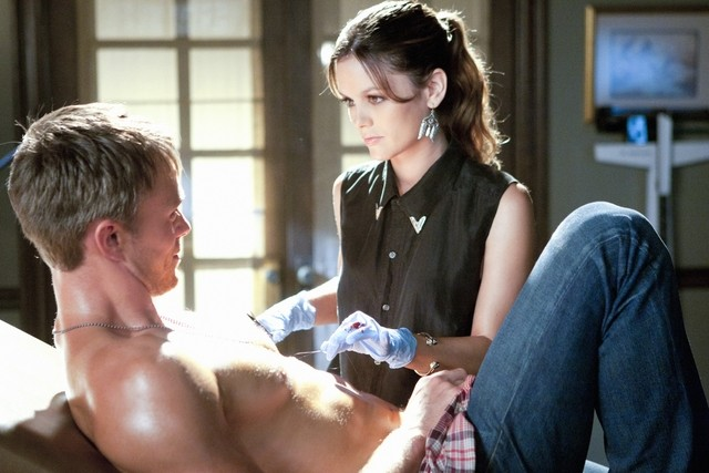 Hart of Dixie: Rachel Bilson e Wilson Bethel nell'episodio In Havoc and In Heat