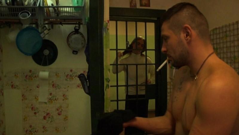 Il gemello: il protagonista del documentario Raffaele Costagliola, detenuto a Secondigliano e terzo di tre gemelli
