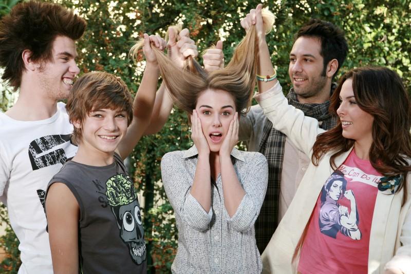 I Cesaroni 5: Matteo Branciamore, Federico Russo, Niccolò Centioni, Micol Olivieri e Nina Torresi in una scena