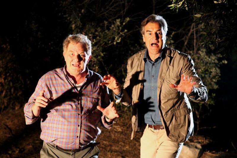 I Cesaroni 5: Max Tortora ed Antonello Fassari in una scena