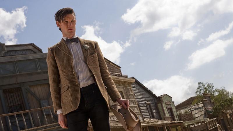 Matt Smith in una foto promozionale dell'episodio A Town Called Mercy della settima stagione di Doctor Who