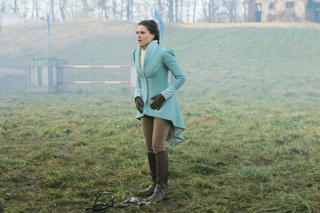 Once Upon a Time: Lana Parrilla nell'episodio The Stable Boy