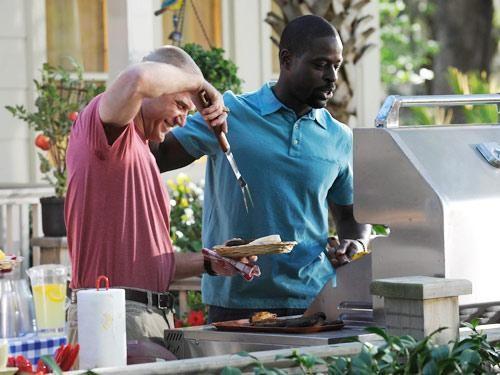 Sterling K. Brown in una scena dell'episodio Zona di lancio della quinta stagione di Army Wives - Conflitti del cuore