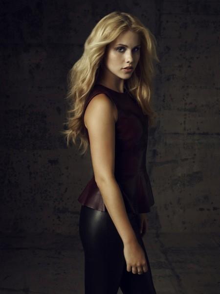 The Vampire Diaries: Claire Holt in una foto promozionale della stagione 4