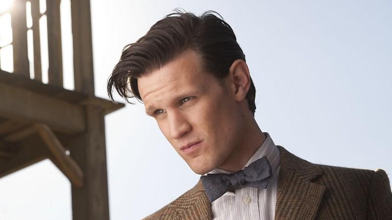 Un primo piano di Matt Smith in una foto promozionale dell'episodio A Town Called Mercy della settima stagione di Doctor Who