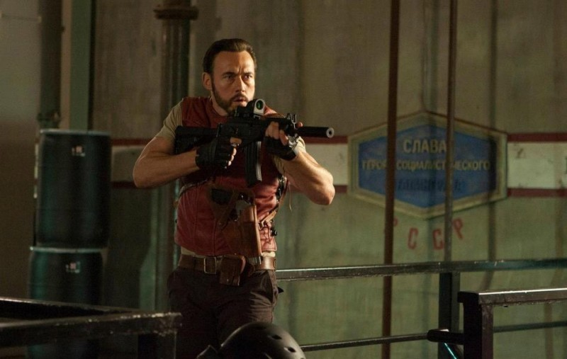 Kevin Durand in Resident Evil: Retribution nel ruolo di Barry Burton
