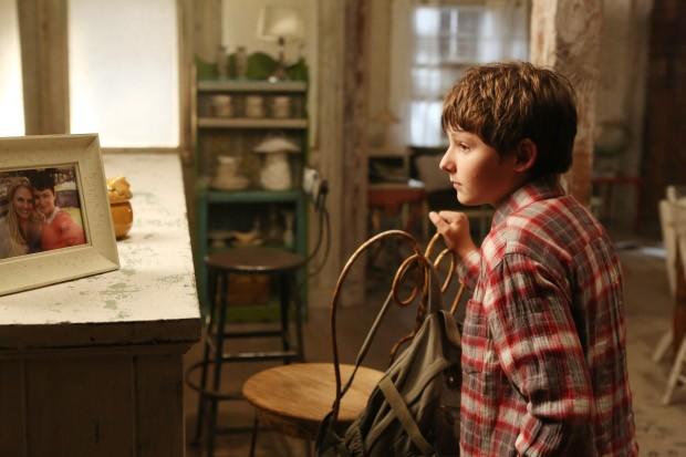 Jared Gilmore in una foto della stagione 2 di C'era una volta