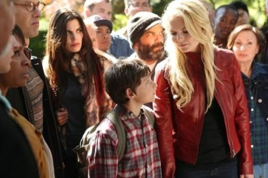Jared Gimore e Jennifer Morrison in una foto della seconda stagione della serie TV C'era una volta