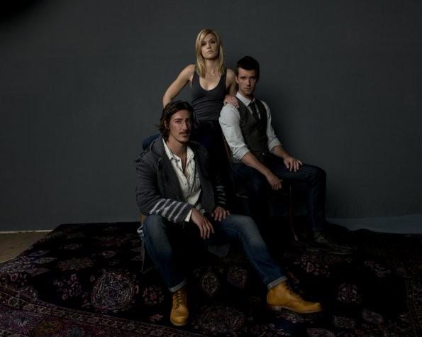 Haven: Emily Rose, Eric Balfour e Lucas Bryant in una immagine promozionale della stagione 3