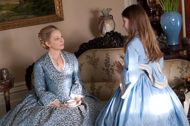 Copper: Anastasia Griffith e Kiara Glasco nell'episodio The Empty Locket