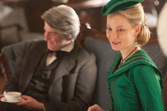 Copper: Anastasia Griffith nell'episodio Surviving Death