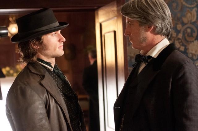 Copper: Tom Weston-Jones in un momento dell'episodio Husbands and Fathers