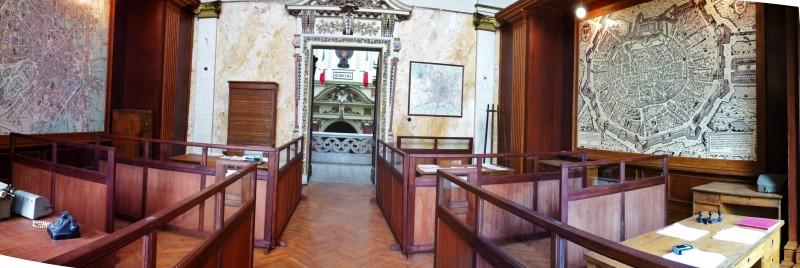 Il Commissario Nardone - scenografia sala comune Questura di Milano realizzata da G. Pirrotta