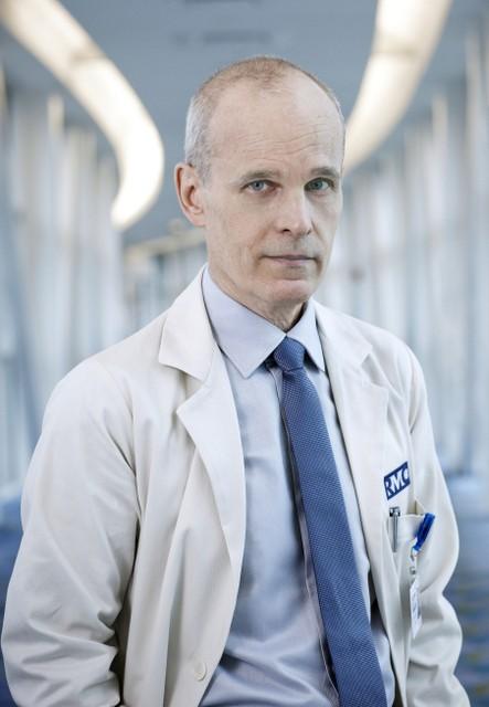 The Mob Doctor: Zeljko Ivanek  in una foto promozionale della serie