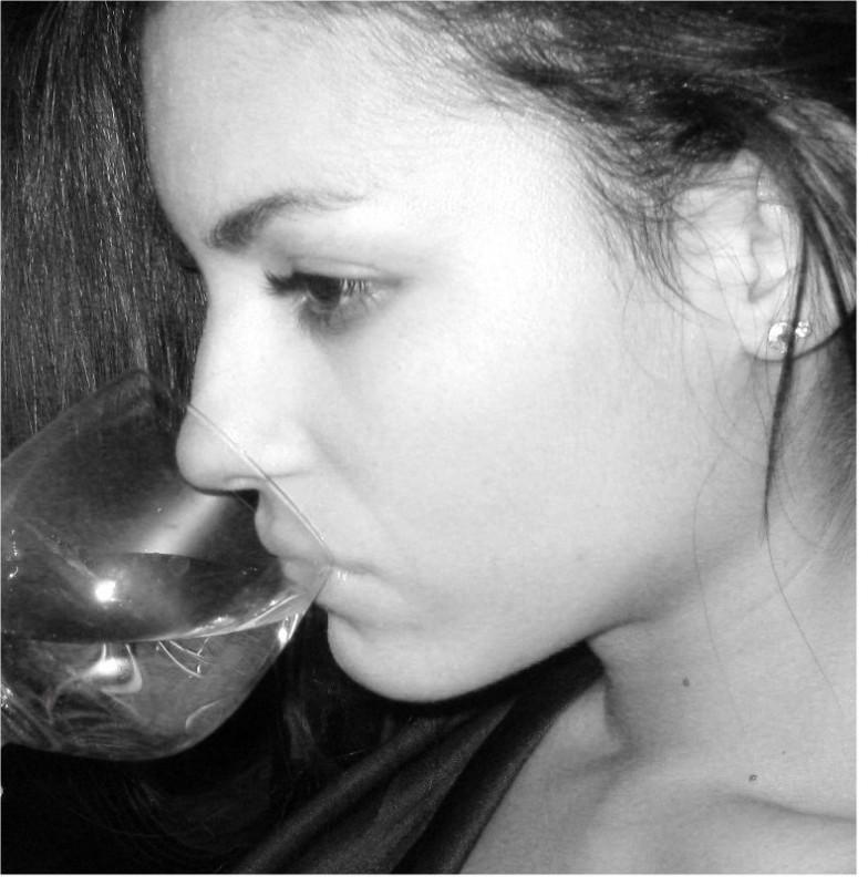 Lavinia Guglielman in uno scatto fotografico in bianco e nero.