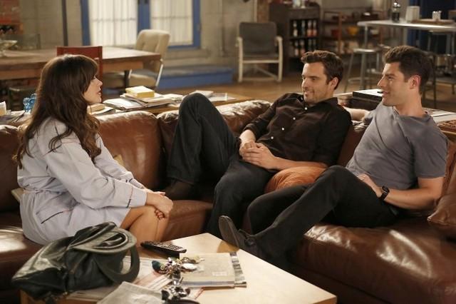 New Girl: Zooey Deschanel, Jake Johnson e Max Greenfield nell'episodio Katie