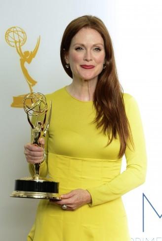 Julianne Moore premiata per Game Change agli Emmy 2012
