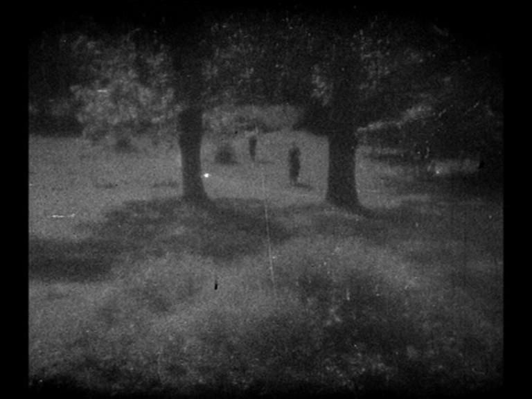 Una scena del film Vampyr - Il vampiro (1932) di Dreyer