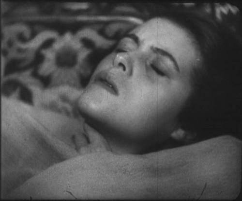 Vampyr - Il vampiro: Sybille Schmitz in una scena del film