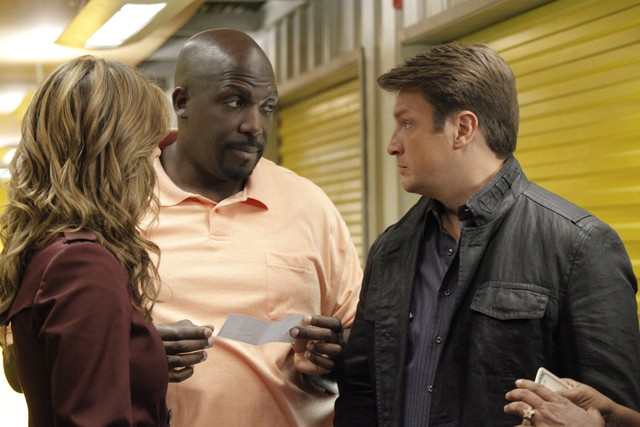 Castle: Stana Katic, Nathan Fillion e Kevin Brown nell'episodio Secret's Safe With Me