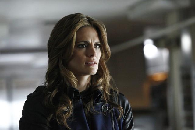 Castle: Stana Katic nell'episodio After the Storm, premiere della stagione 5
