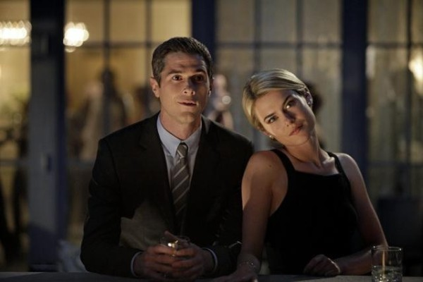 666 Park Avenue: Dave Annable insieme a Rachel Taylor in una scena dell'episodio Murmurations