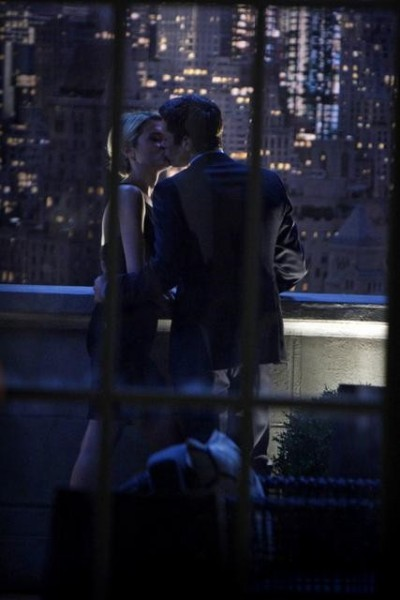 666 Park Avenue: Dave Annable insieme a Rachel Taylor nell'episodio Murmurations