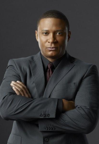 David Ramsey in una foto promozionale della prima stagione di Arrow