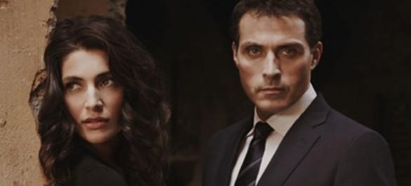 Le inchieste dell'Ispettore Zen: Rufus Sewell e Caterina Murino in un'immagine della serie