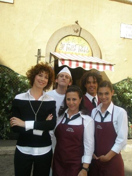 La ladra: Veronica Pivetti, Daniela Terreri, Maggie Vicario, Gabriele De Luca sul set