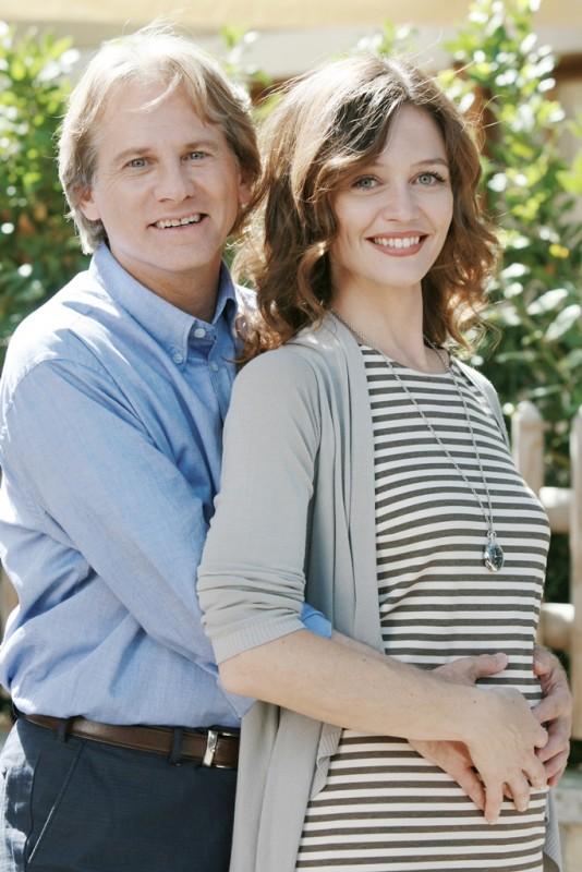 Un medico in famiglia 8: Giulio Scarpati e Francesca Cavallin in un'immagine della serie