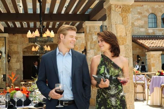 90210: Trevor Donovan e Jessica Stroup nell'episodio The Sea Change