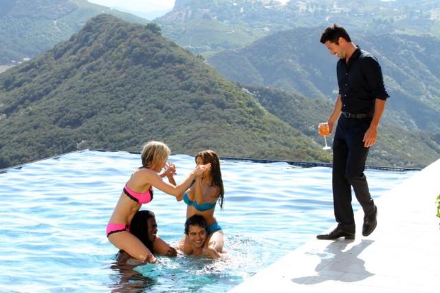90210: una scena dell'episodio The Sea Change