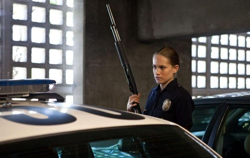 End of Watch - Tolleranza zero: Cody Horn in una scena del film nei panni dell'agente Davis