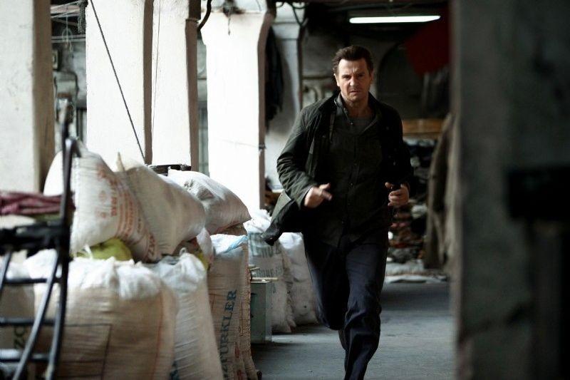 Taken: la vendetta, Liam Neeson in azione in una scena