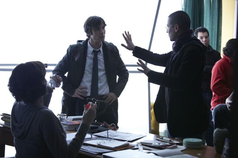 Red Lights: Cillian Murphy, Sigourney Weaver con il regista Rodrigo Cortés sul set