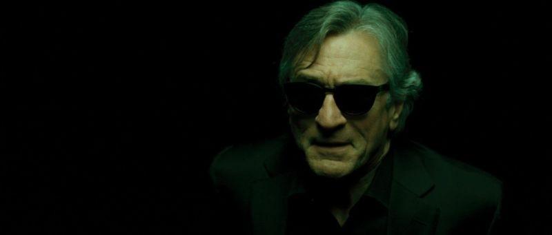 Red Lights: Robert De Niro, nei panni del medium Simon Silver, in una scena del film