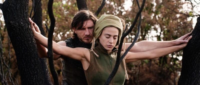 Archeo: Medea Novak insieme a Niko Novak in una scena del film
