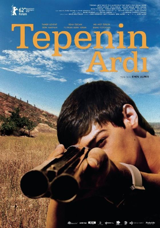Beyond the Hill: il poster originale del film diretto da Emin Alper