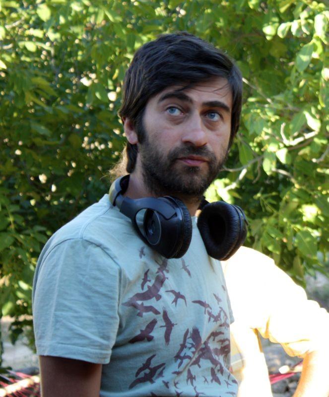 Beyond the Hill: il regista Emin Alper sul set del film