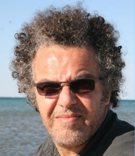 Boiling Dreams: il regista Hakim Belabbes in una foto promozionale