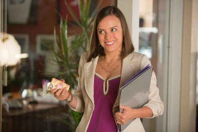 Go On: Allison Miller in una scena dell'episodio Bench-Clearing Brawl