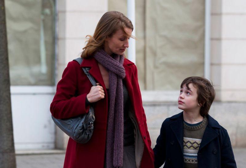J'enrage de son absence: Alexandra Lamy col piccolo Jalil Mehenni in una scena