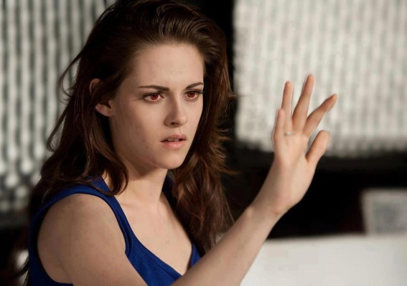 Kristen Stewart in un momento di Twilight Saga: Breaking Dawn - Parte 2