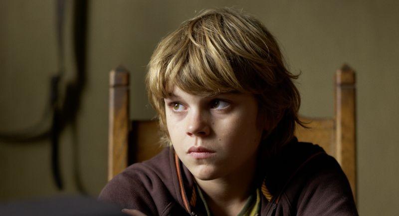 Un'estate da giganti: il piccolo Zacharie Chasseriaud in una scena del film
