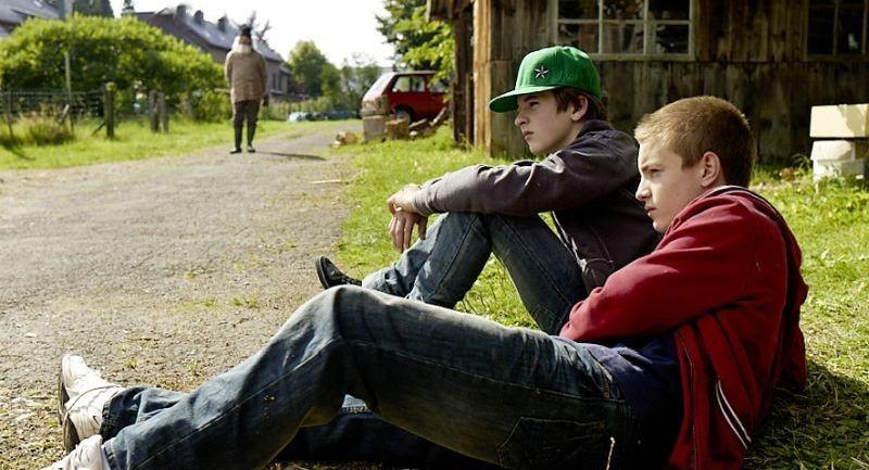 Un'estate da giganti: Paul Bartel e Martin Nissen in una scena del film
