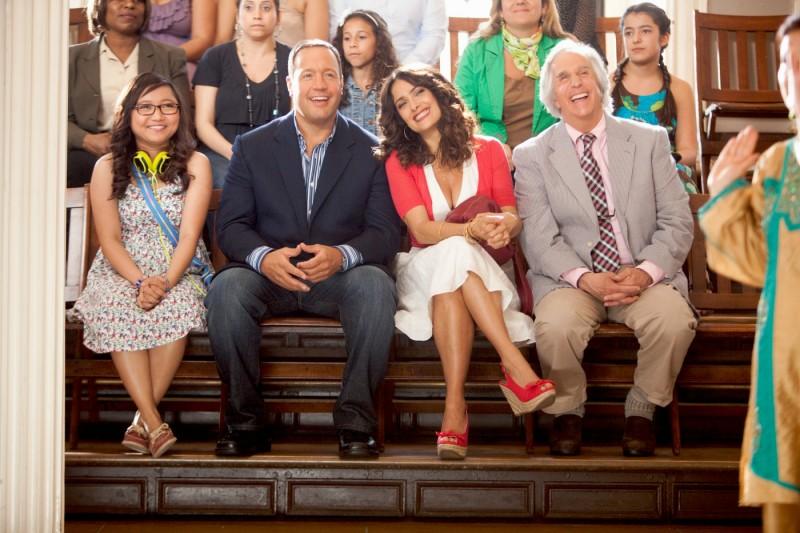 Salma Hayek, Kevin James, Charice ed Henry Winkler (alle sue spalle) in Colpi da maestro